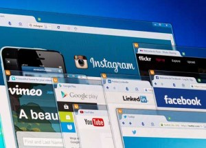 social-media-screens